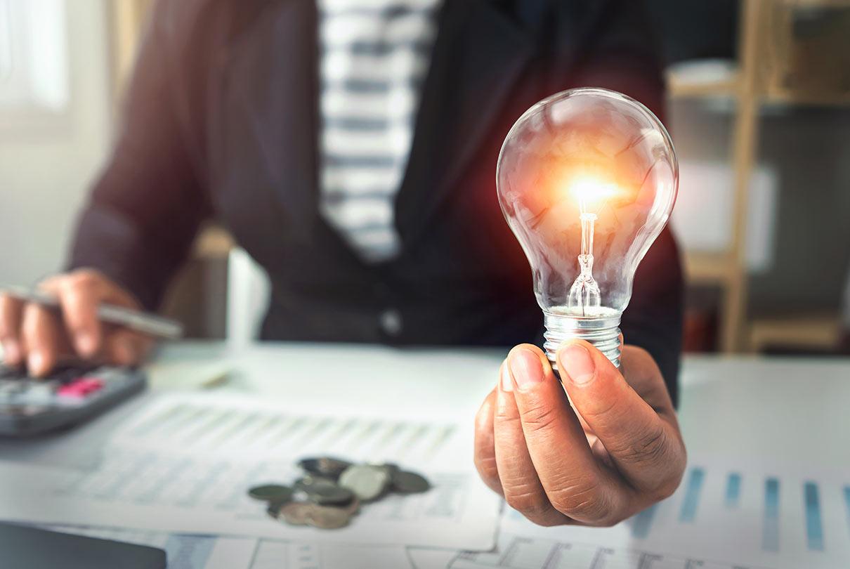 calcola la convenienza delle offerte luce business sul Mercato libero dell'energia